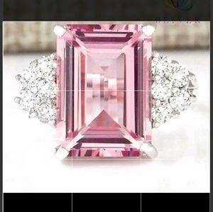 Stunning Pink Sapphire Ring